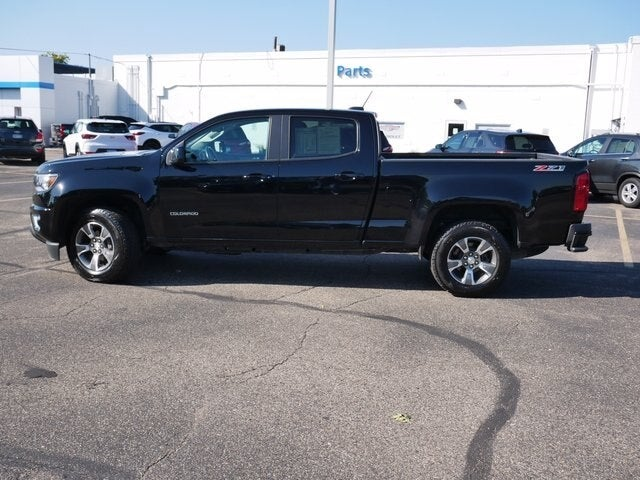 Used 2020 Chevrolet Colorado Z71 with VIN 1GCGTDEN9L1229745 for sale in Fridley, Minnesota