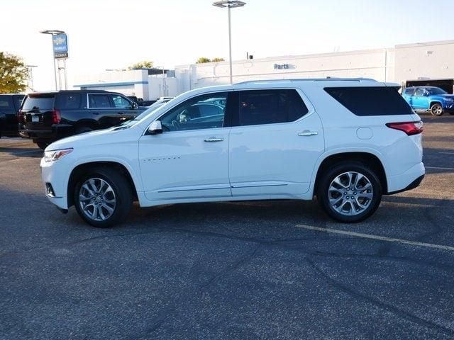 Used 2020 Chevrolet Traverse Premier with VIN 1GNEVKKW7LJ237353 for sale in Fridley, Minnesota