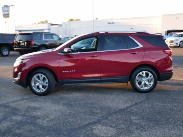 Used 2019 Chevrolet Equinox LT with VIN 2GNAXVEX2K6150468 for sale in Fridley, Minnesota
